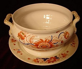 ENGLISH PORCELAIN TUREEN WITH UNDERPLATE,NO COVER