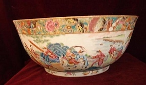 C. 1820 CHINESE EXPORT ROSE MANDARIN BOWL 15 1/2""