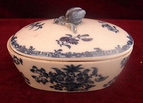 C. 1780 CHINESE EXPORT OVAL COVERED SOAP DISH