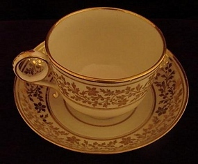 C. 1792-1804 WORCESTER FLIGHT & BARR TEACUP/SAUCER