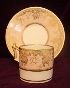 C.1800 WORCESTER COFFEE CAN/SAUCER