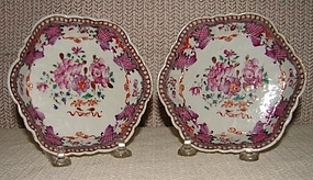 C. 1770 CHINESE EXPORT FAMILLE ROSE TEAPOT STAND