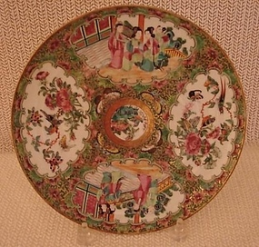 C.1840 CHINESE EXPORT ROSE MEDALLION PLATE 9 3/4""