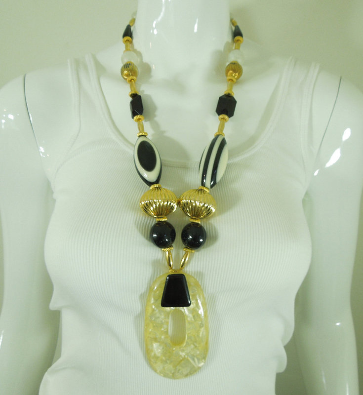 1980s French Huge Art Plastic Black White Necklace Earrings Runway
