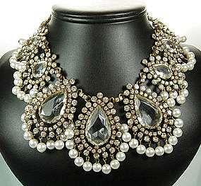 Showstopping Kenneth Lane KJL 1960s Glass Necklace