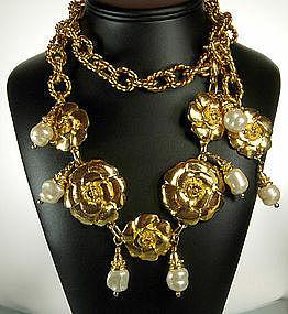 Huge Unsigned Chanel Camellia Glass Pearl Necklace Belt