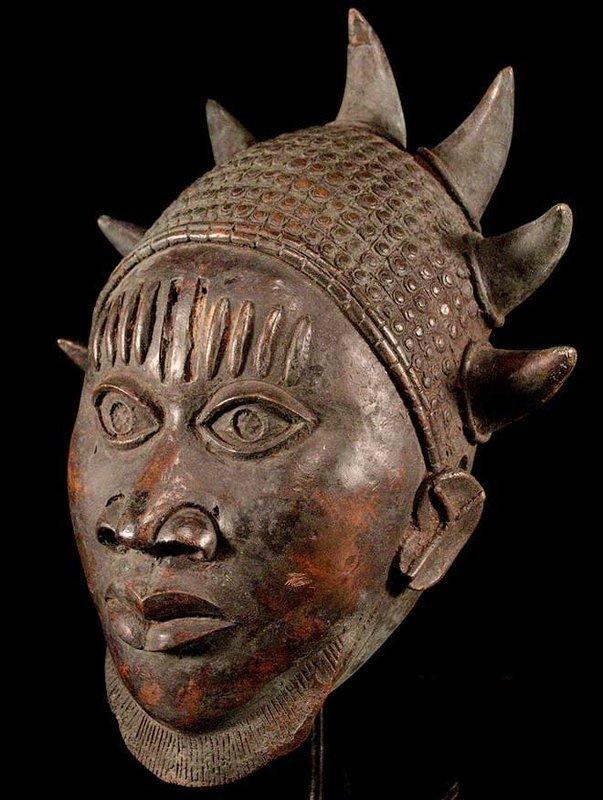 3,3 kg Bronze Mask of Ife People - Benin 19th. cent.