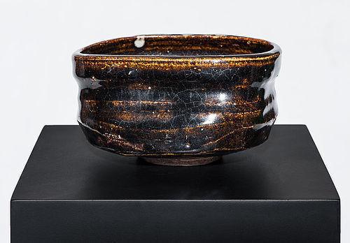 Oribe Chawan of early Edo Period with rare brown glaze