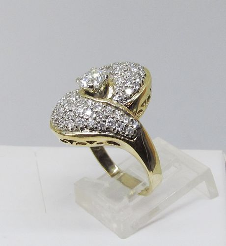 Diamond Right Hand Ring Set in 14Kt Yellow Gold