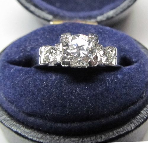 Timeless Diamond Engagement Ring Set in Platinum
