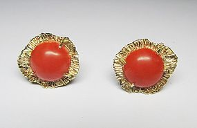 14Kt yellow Gold and Coral Earrings