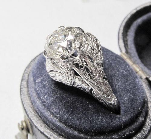Vintage 1920-s 1.70Ct Diamond Ring
