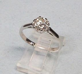 Vintage 1920�s Platinum and Diamond Ring