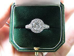 18 Kt White Gold and Diamond Engagement Ring