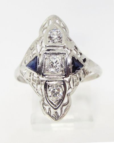 14 Kt Filigree Diamond and Sapphire Dinner Ring