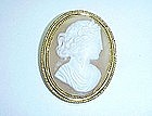 Shell Cameo Broach/Pendant in 14Kt Gold Frame