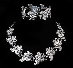 Margot de Taxco Mexican silver Hibiscus Necklace 5488