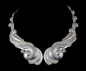 gorgeous Los Castillo Mexican silver repousse Necklace