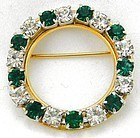 Christmas Circle Pin � Green & White Stones
