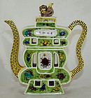 Chinese Republic Famille Verte Shou Character Porcelain Teapot Ewer