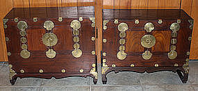 Korean Choson Yi Ichung Nong Stacking Chest Side Tables