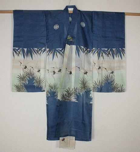 Japanese antique old Beautiful yuzen-dye child silk ro-kimono