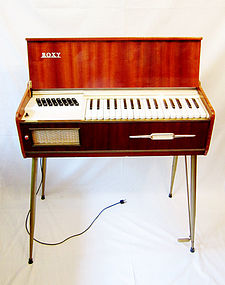 Roxy Electric Organ, Vintage Instrument