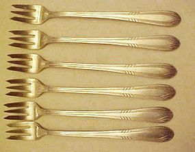 Wm. Rogers FACINATION silver plate cocktail forks s/p