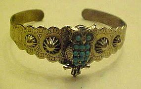 Vintage turquoise & silver look owl  clamp bracelet,