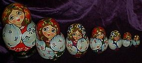 Set of 7 hand painted wood Russian nesting dolls 6.25""