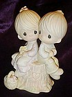 Precious Moments figurine Love one Another E-1376