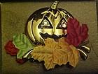 Avon  Halloween Golden Pumpkin Pin 1993 original box