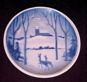 Royal Copenhagen Denmark mini delft plate snow deer