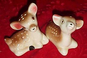 Vintage fawn deer salt and pepper shakers