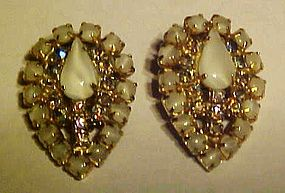 Vintage Hobe' rhinestone moonstone clip earrings