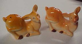 Vintage deer salt and pepper shakers Japan