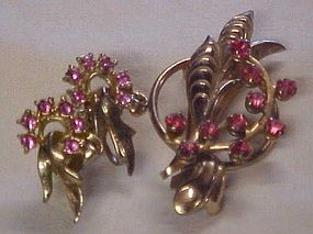 Vintage pink rhinestone pin and earrings set