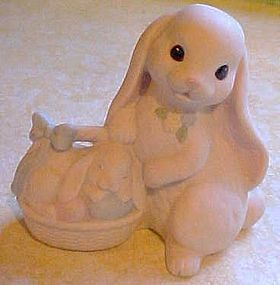 Home Interiors Lovin Bunnies Easter figurine #12002-99