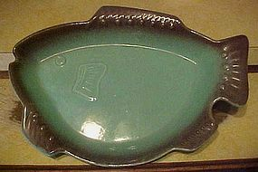 Vintage 50's California pottery fish serving dish