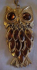 Vintage amber owl pendant & chain swinging feathers