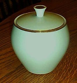 Noritake china 621 lt green w/gold sugar bowl w/lid
