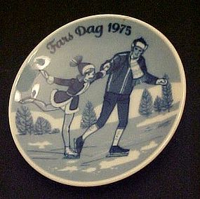 1975 Fars dag limited Ed delft plate Porsgrunds Norway