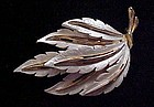 Vintage JJ Frosted enamel feathers pin
