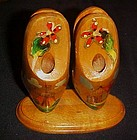 Vintage Holland souvenir  wood shoes desk organizer
