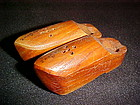 Santa Cruz Souvenir wood Dutch shoes salt and pepper
