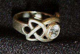 Sterling silver celtic knot ring with cz size 6