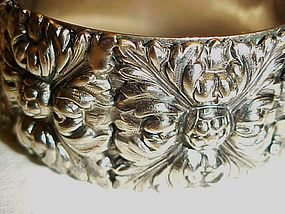 Vintage silver tone clamp bracelet  very ornate