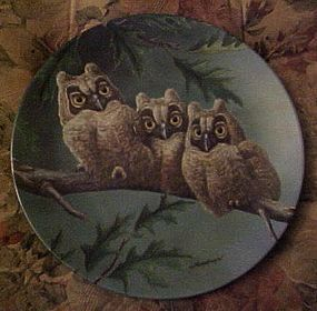 Knowles Three's Company Long-eared owls 7th plate