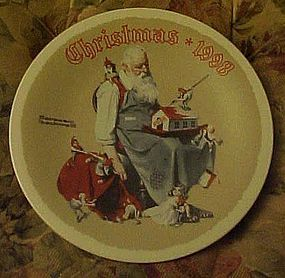 Norman Rockwell 1998 plate santa's Helpers 1998