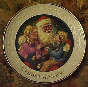 Avon 1999 Christmas plate Santa's Tender Moment